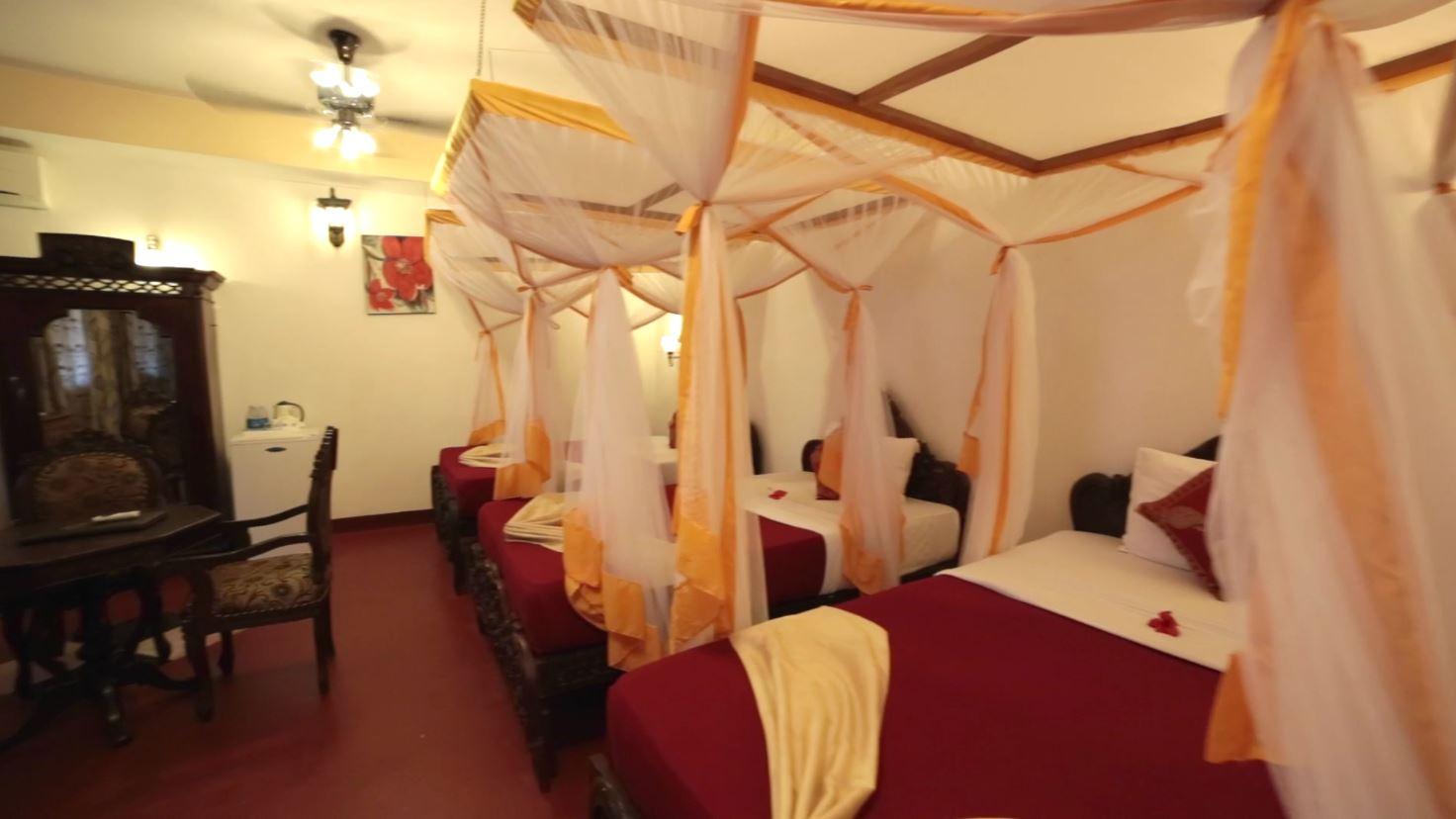 Mi Self Serve >> Triple Room - Mizingani Seafront Hotel